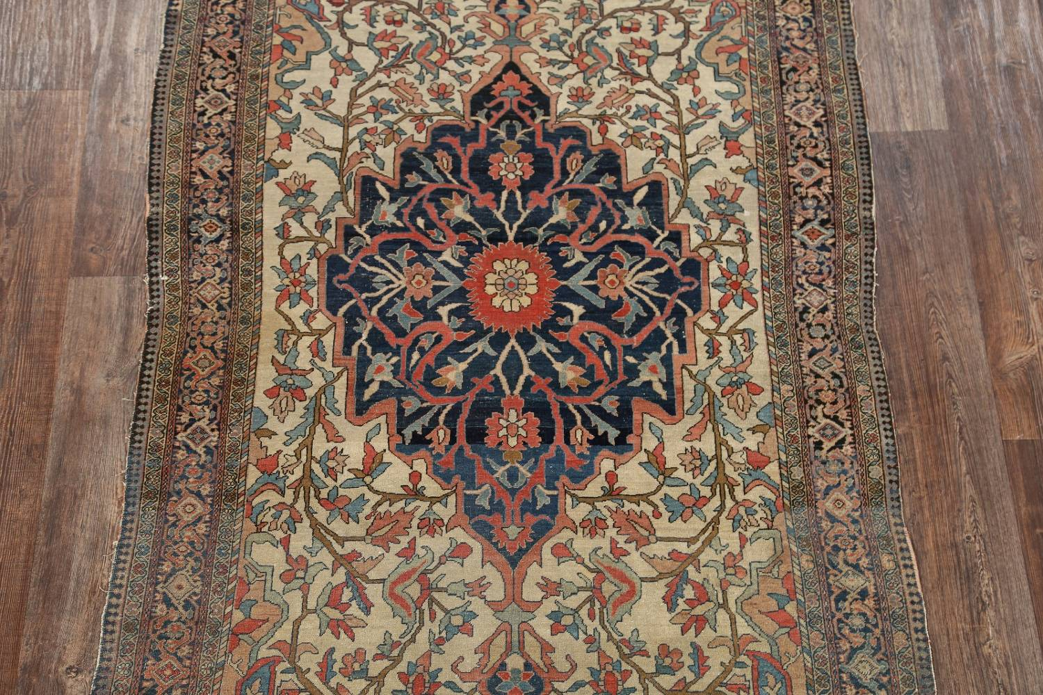 Pre-1900 Antique Floral Sarouk Farahan Persian Hand-Knotted 4'x7' Wool Area Rug image 3