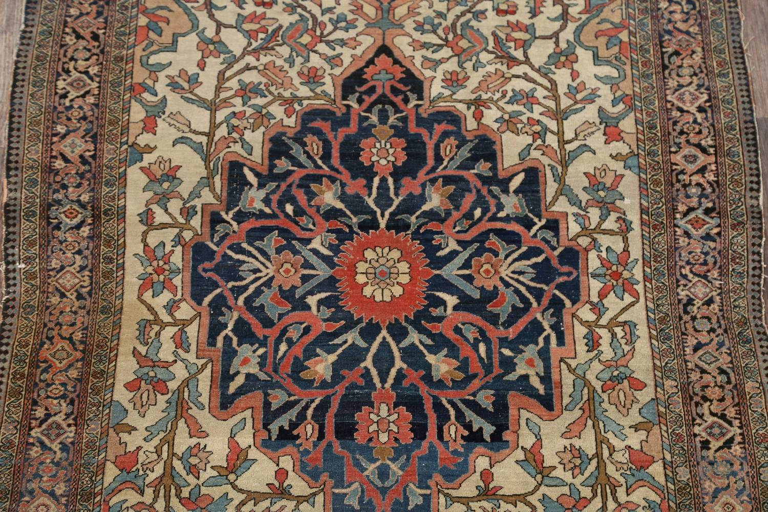 Pre-1900 Antique Floral Sarouk Farahan Persian Hand-Knotted 4'x7' Wool Area Rug image 4