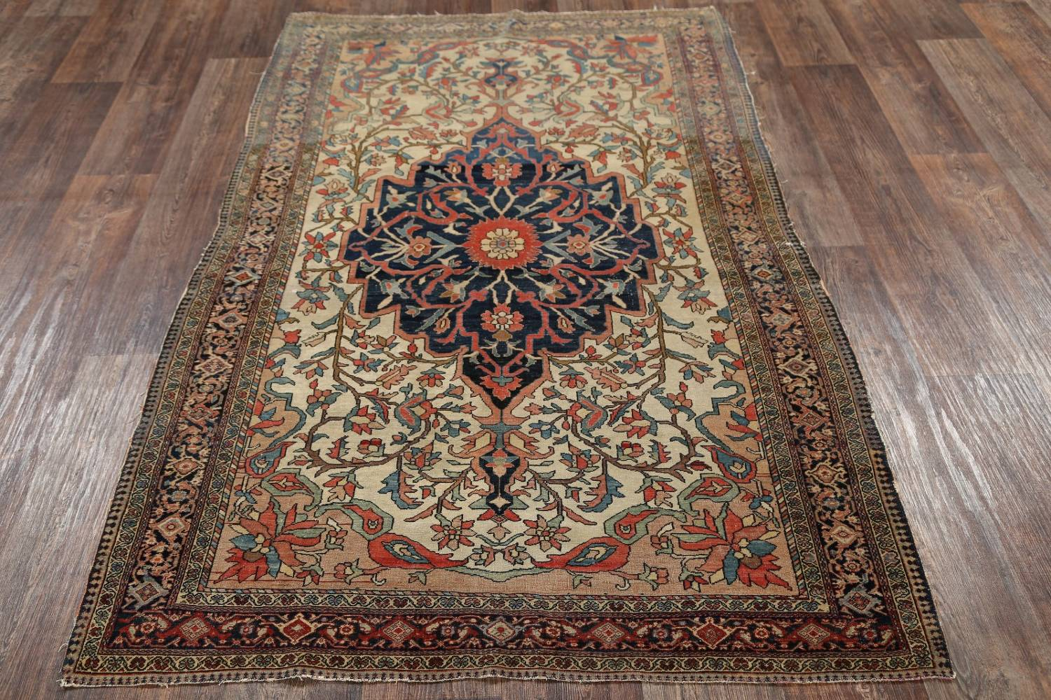Pre-1900 Antique Floral Sarouk Farahan Persian Hand-Knotted 4'x7' Wool Area Rug image 13