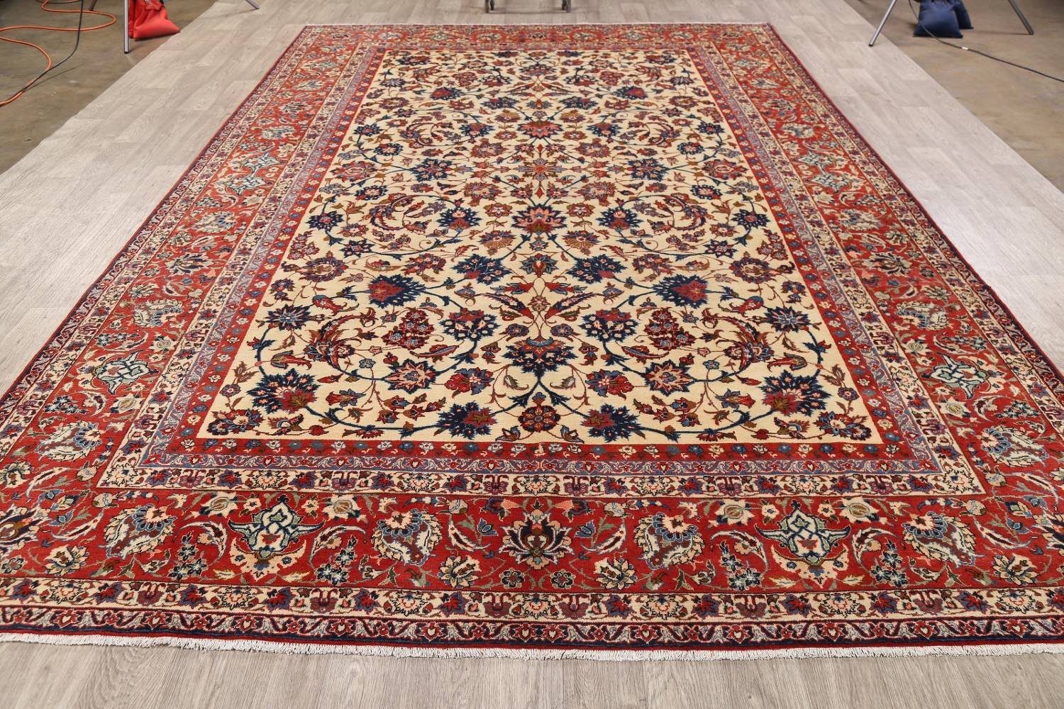 Floral 9x13 Isfahan Persian Area Rug image 15