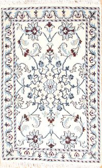 Floral Ivory Nain Persian Hand-Knotted Area Rug 2x3