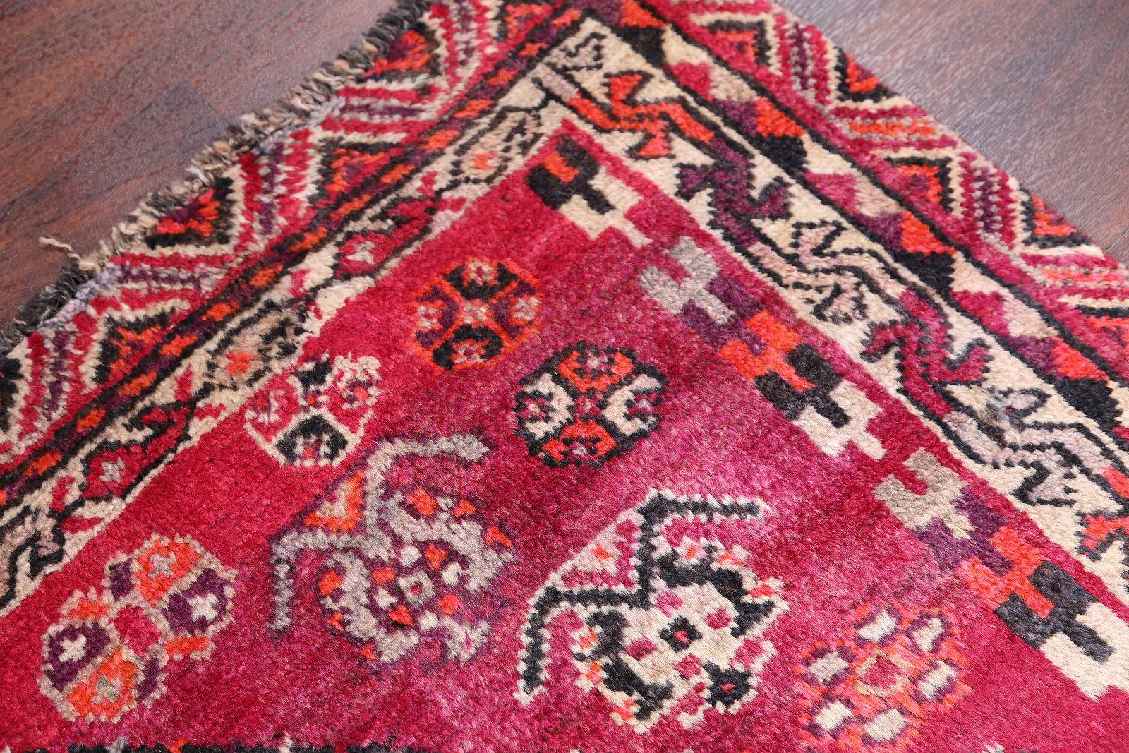 Geometric 5x8 Lori Shiraz Persian Area Rug