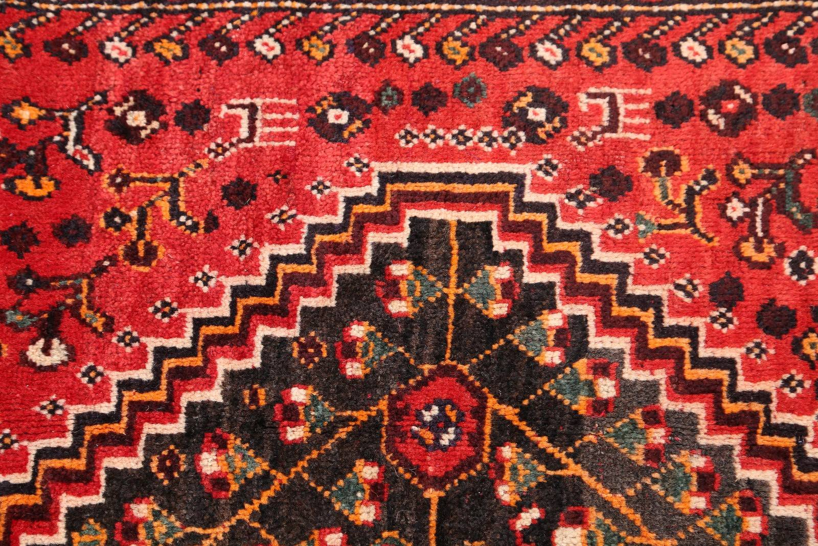 Geometric Tribal 5x8 Abadeh Shiraz Persian Area Rug
