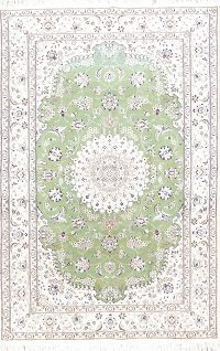 Floral Medallion Green 5x8 Nain Persian Area Rug
