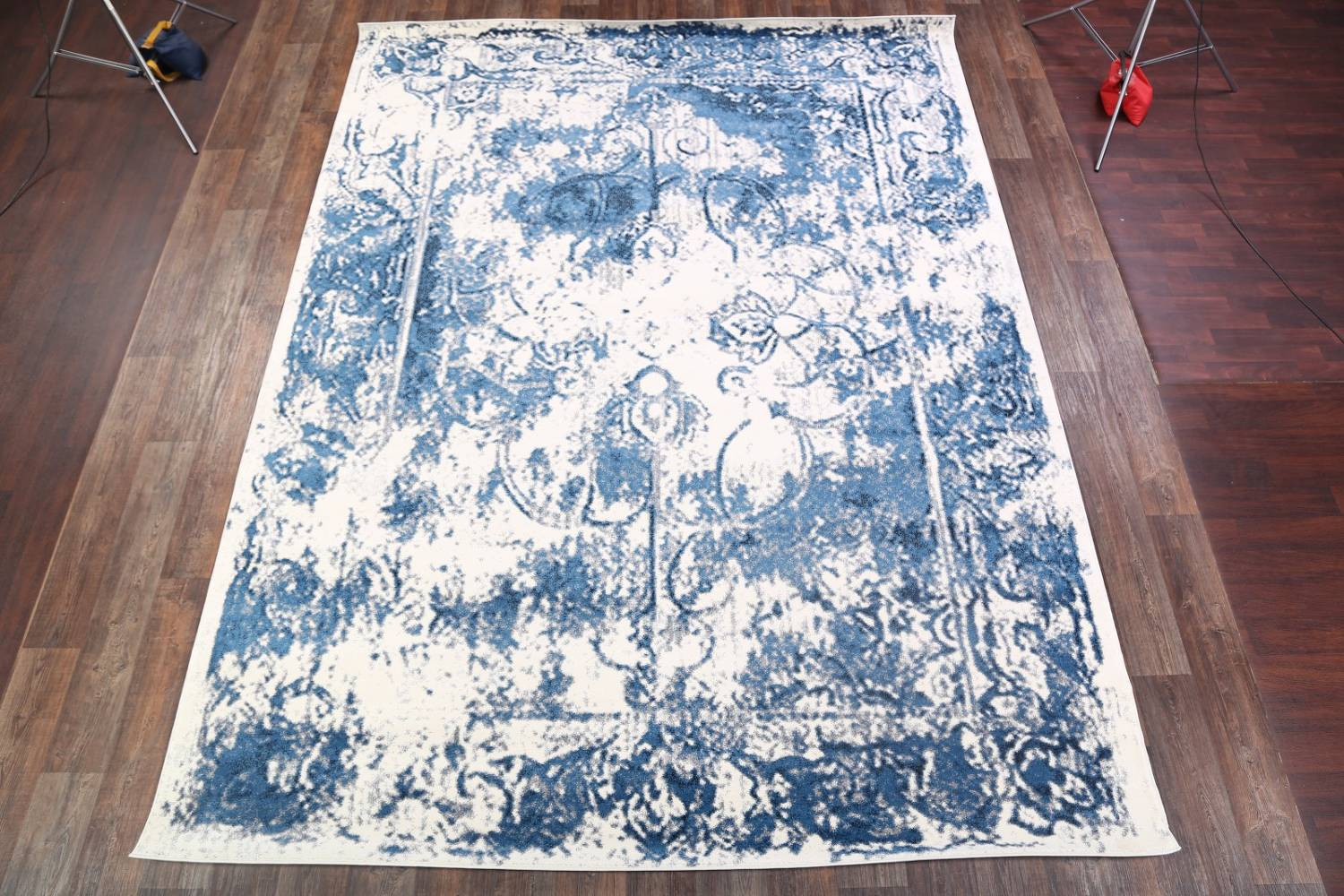 Reproduction Abstract Turkish Distressed Blue/Ivory Oriental Area Rug image 2