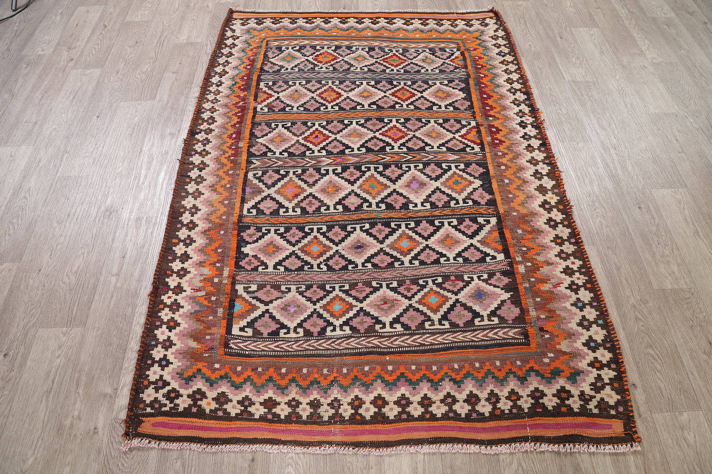 Antique Geometric Kilim Shiraz Persian Area Rug 4x6