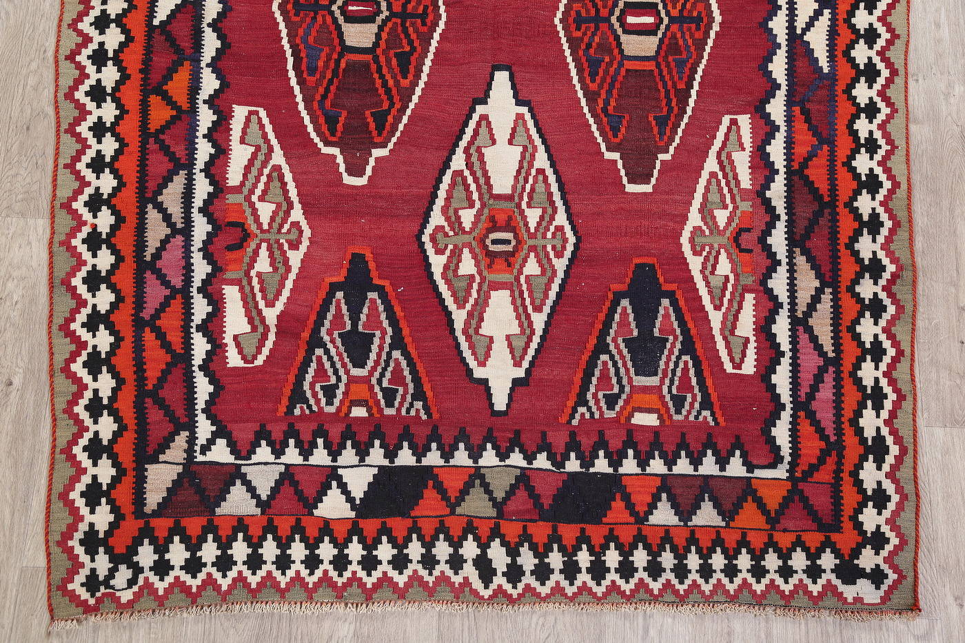 Geometric Kilim Shiraz Persian Area Rug 6x8