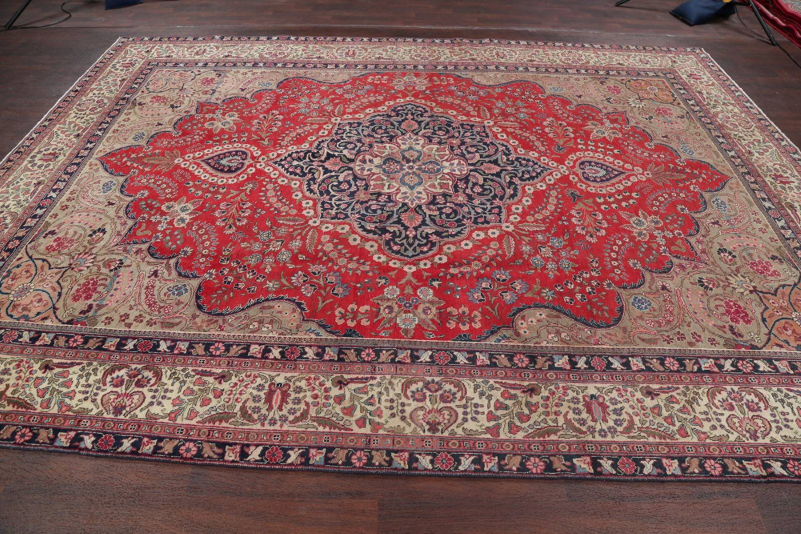 Antique Tabriz Khoy Persian Hand-Knotted Area Rug 9x12