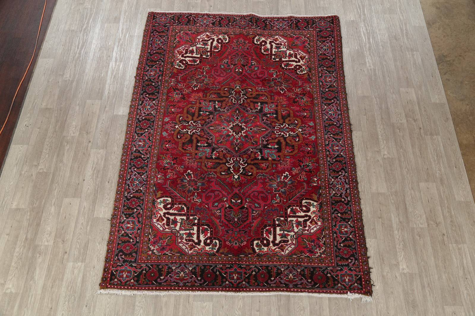 Geometric Red Heriz Persian Hand-Knotted Area Rug Wool 7x9