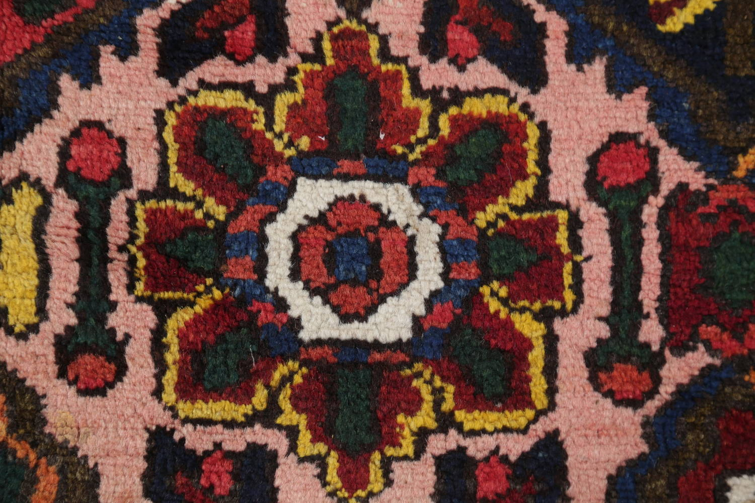 Antique Vegetable Dye Bakhtiari Persian Hand-Knotted Area Rug 7x12 image 7