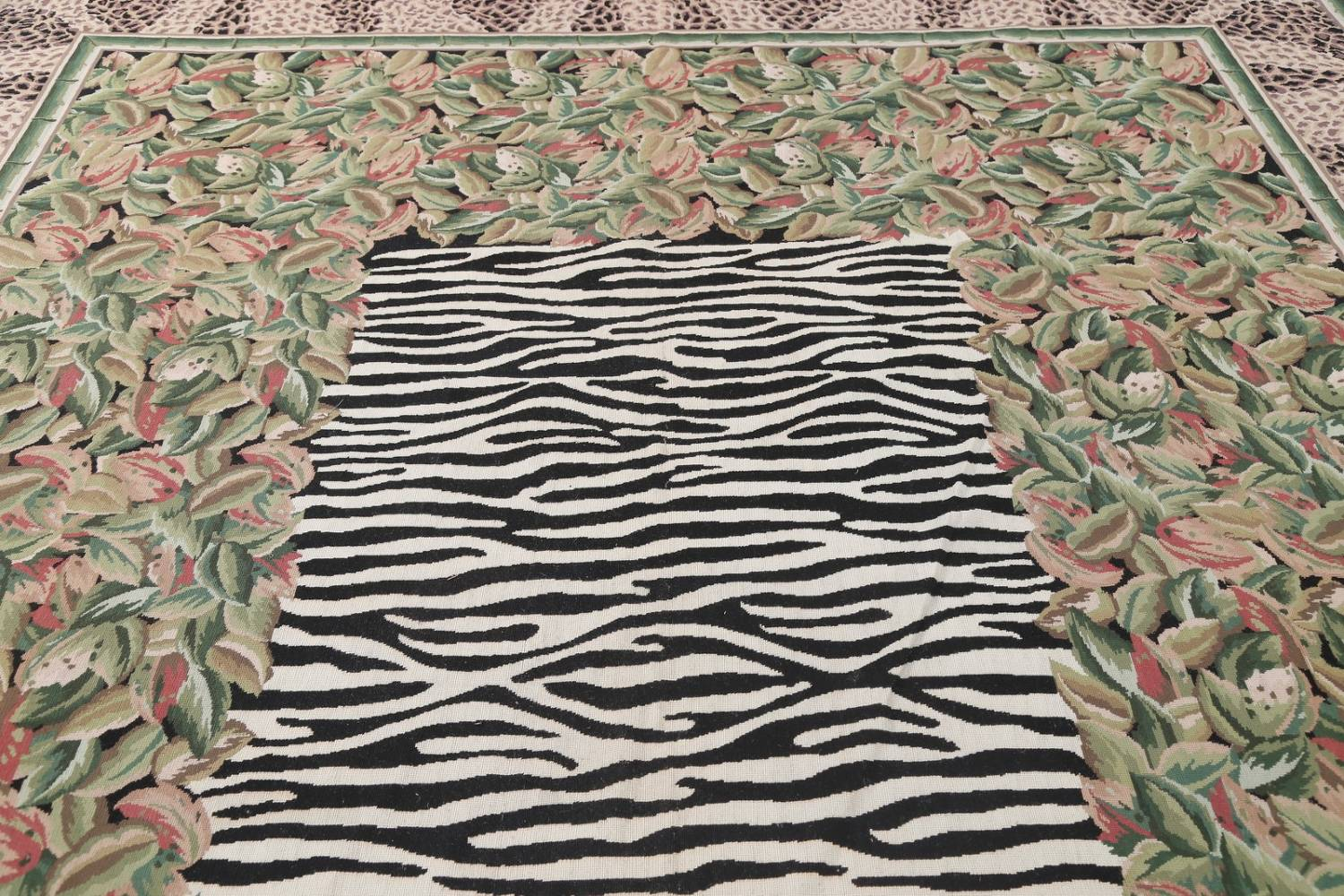Transitional Animal Print Aubusson Oriental Hand-Woven Area Rug 12x15 image 11