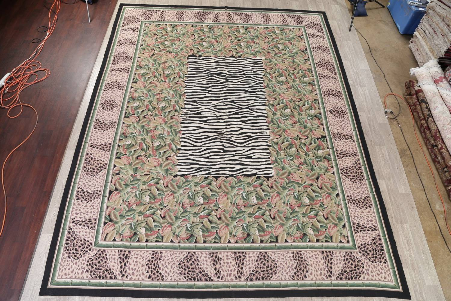 Transitional Animal Print Aubusson Oriental Hand-Woven Area Rug 12x15 image 2