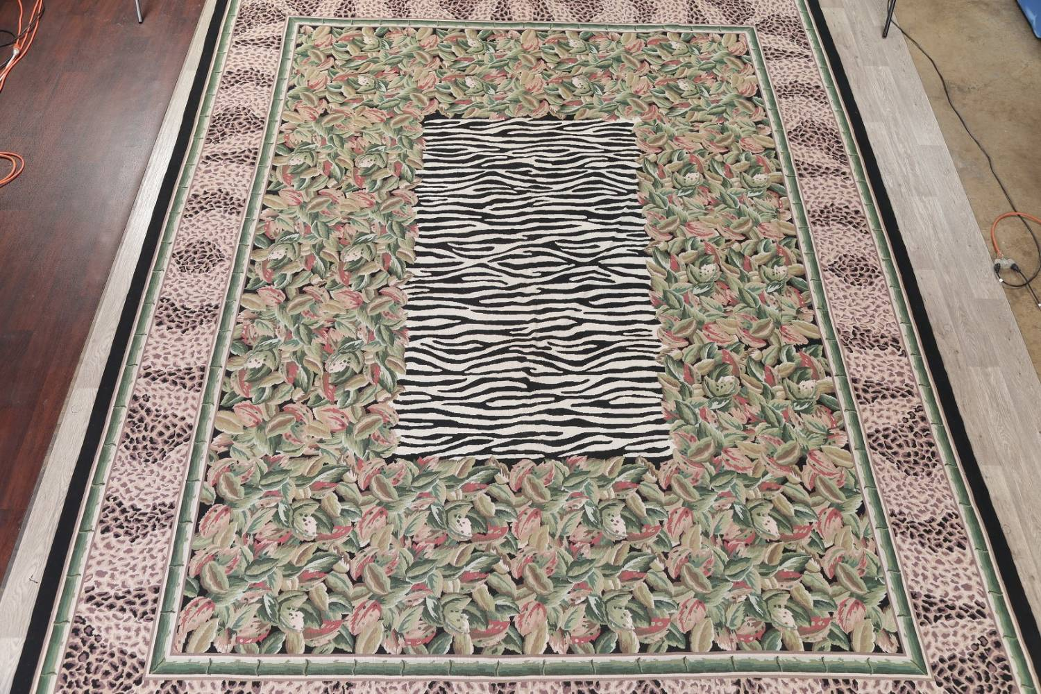 Transitional Animal Print Aubusson Oriental Hand-Woven Area Rug 12x15 image 3
