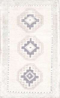 Geometric Oushak Turkish Hand-Knotted Rug Wool 2x3