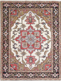 Antique Ivory Geometric Heriz Serapi Persian Hand-Knotted 5x6 Wool Area Rug