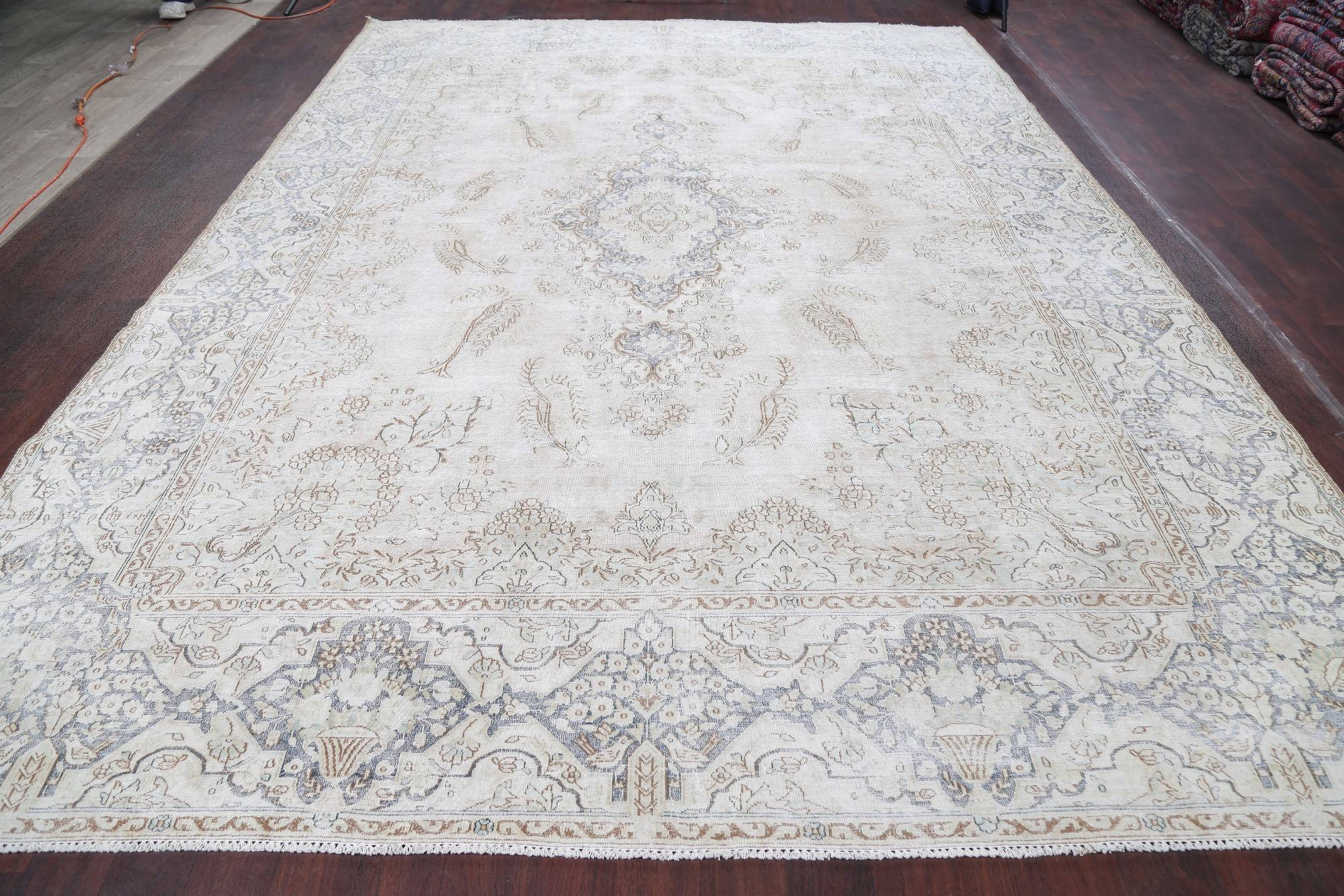 Antique Floral Medallion Kerman Persian Hand-Knotted 10x13 Wool Area Rug