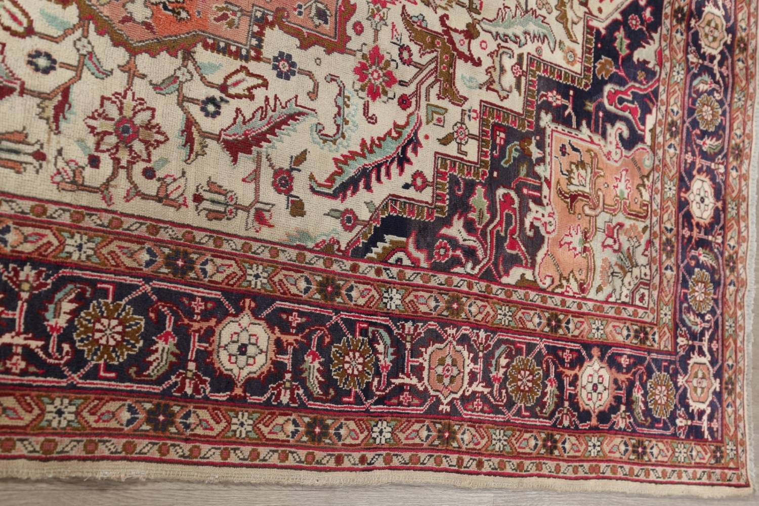 One-of-a-Kind Antique Heriz Serapi Persian Hand-Knotted 7x9 Wool Area Rug image 14