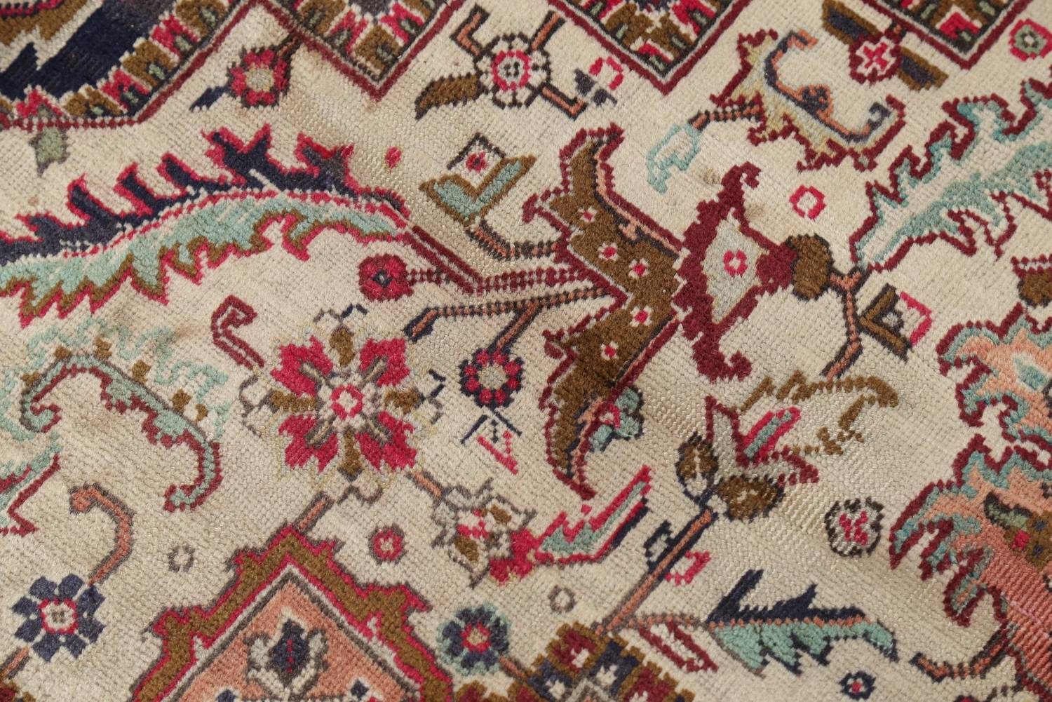 One-of-a-Kind Antique Heriz Serapi Persian Hand-Knotted 7x9 Wool Area Rug image 9