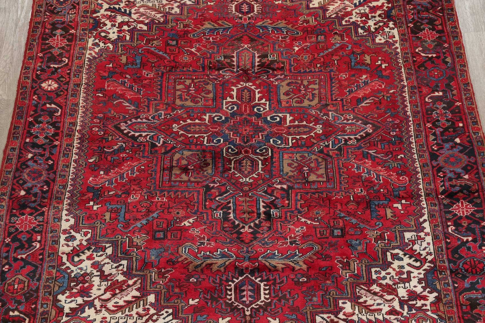 Red Geometric Heriz Persian Hand-Knotted 9x11 Wool Area Rug