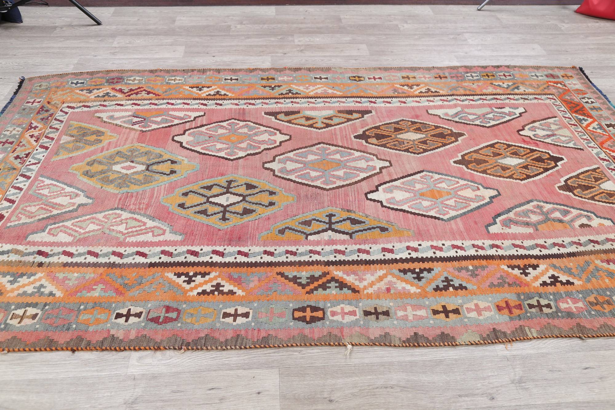 Pre-1900 Vegetable Dye Kilim Qashqai Persian Hand-Woven 5x9 Wool Rug