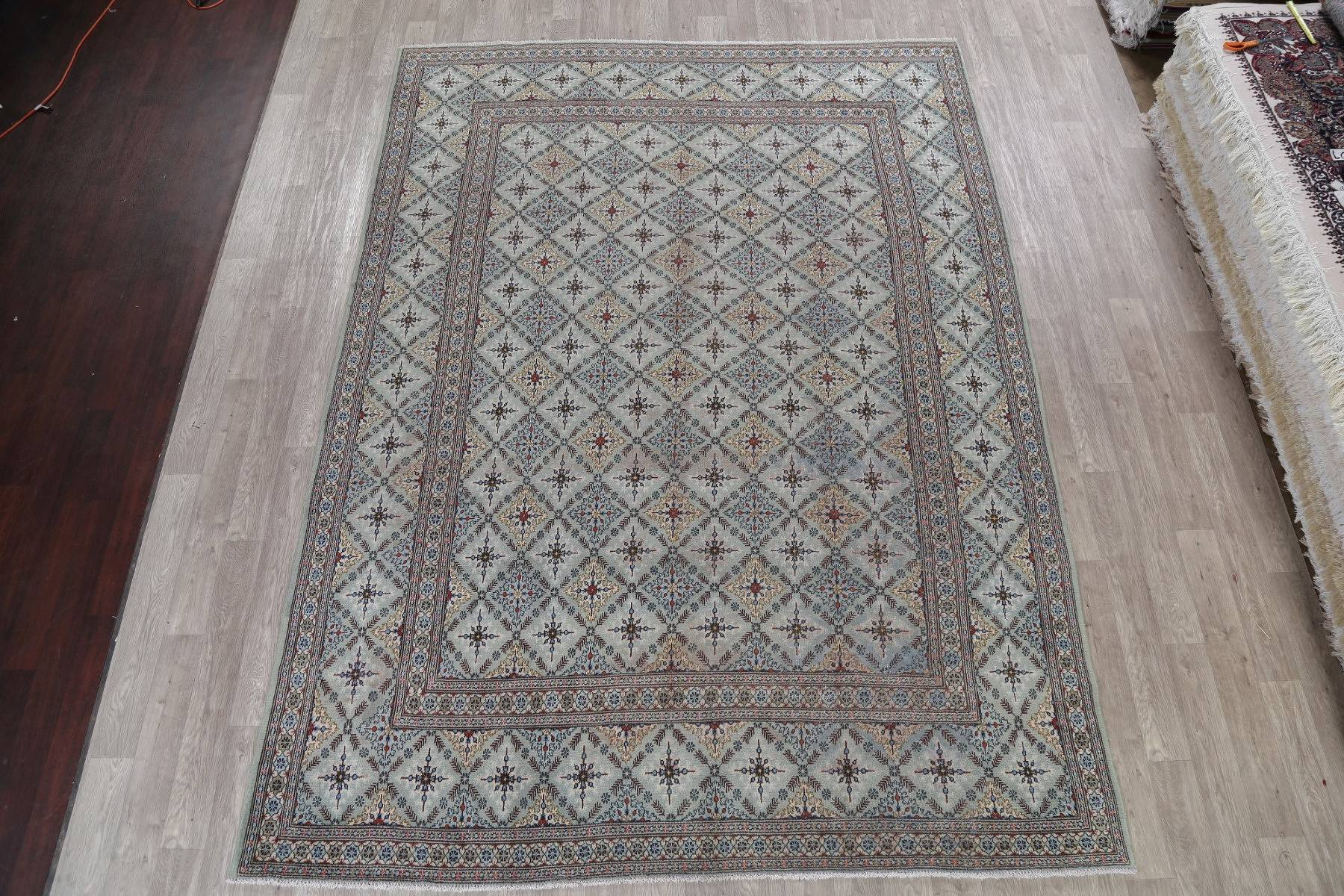 Geometric Kashan Persian Hand-Knotted 9x12 Wool Area Rug