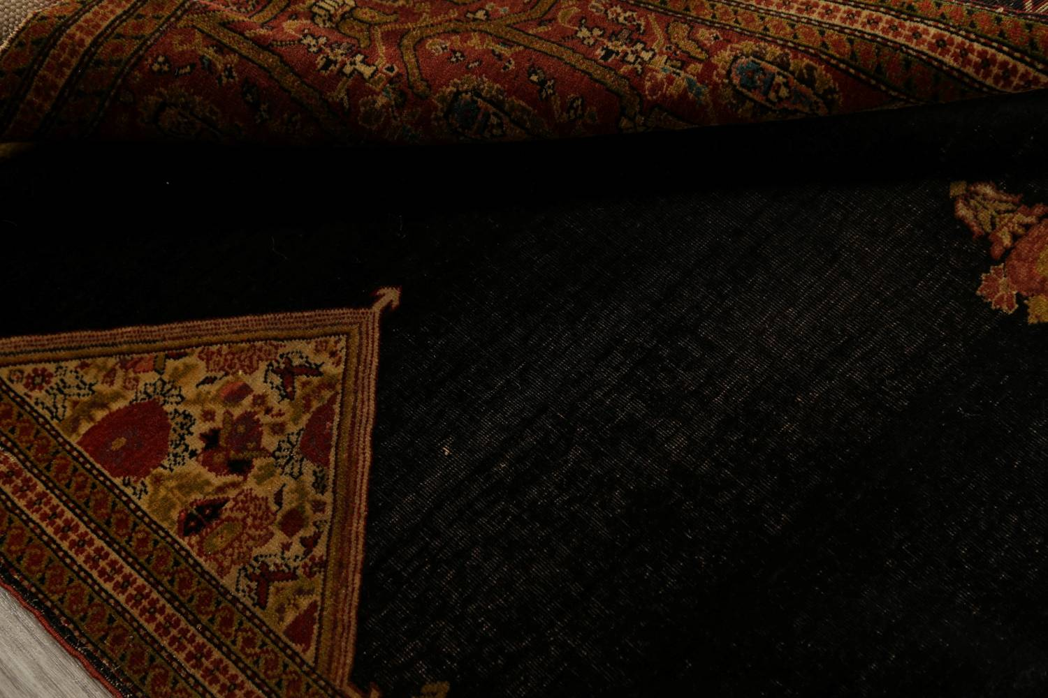 Pre-1900 Vegetable Dye Sarouk Farahan Persian Hand-Knotted 3x3 Square Rug image 17