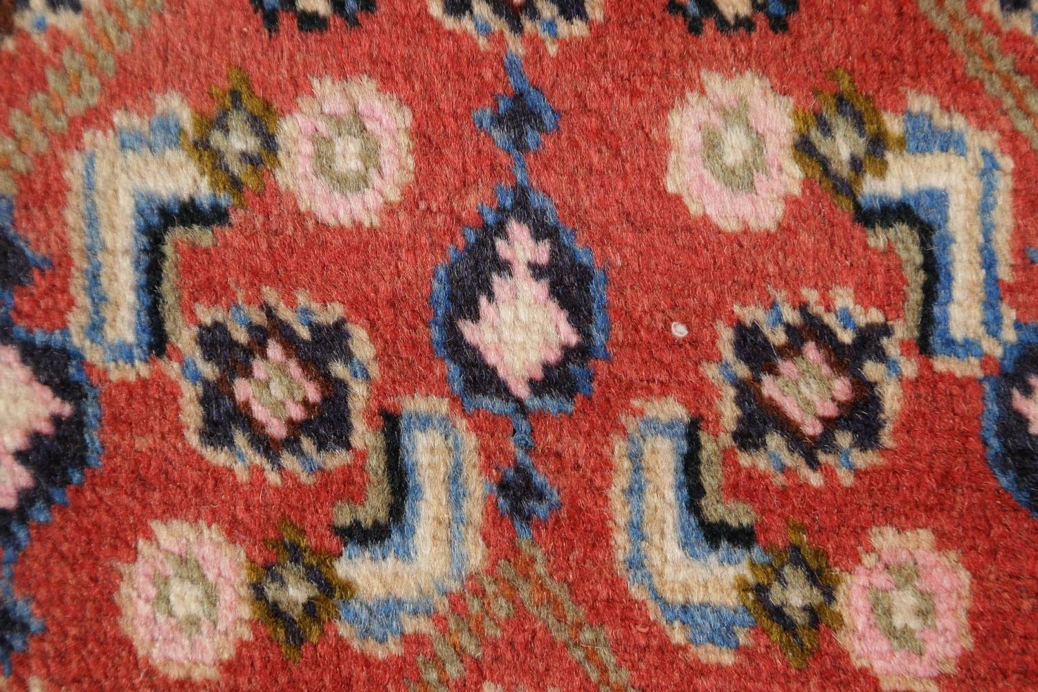Geometric Red Ardebil Persian Hand-Knotted 6x10 Wool Area Rug image 7