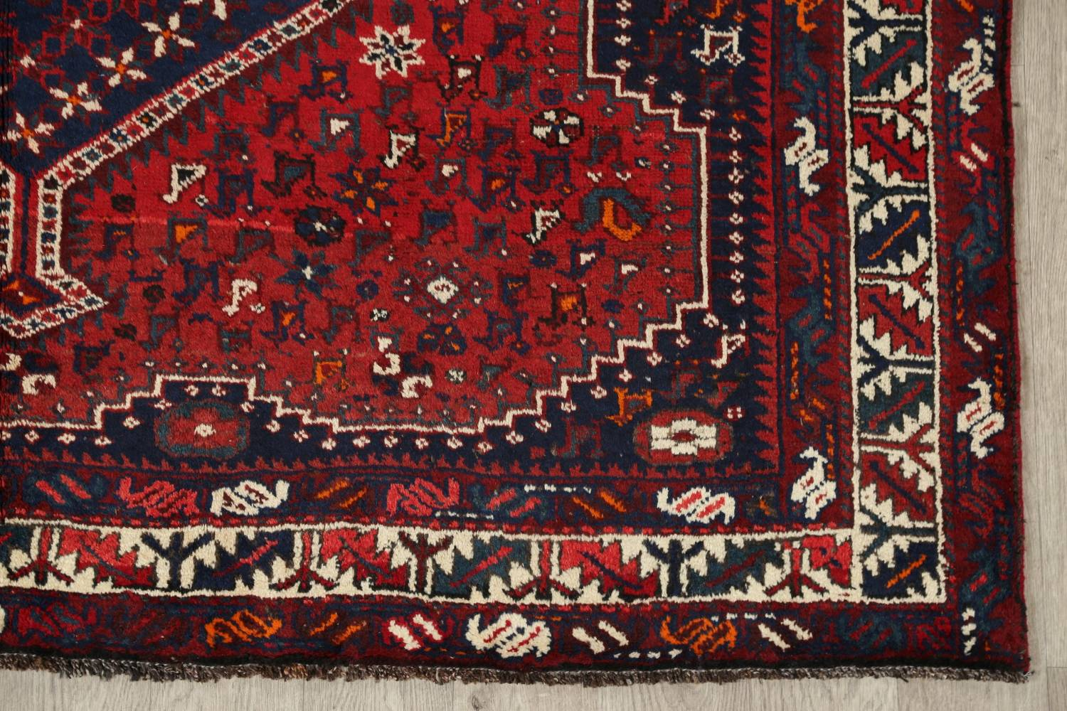 Antique Tribal Qashqai Persian Hand-Knotted 7x10 Wool Area Rug image 6