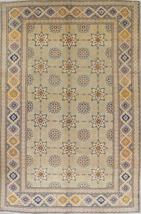 Geometric Yazd Persian Hand-Knotted 8x12 Wool Area Rug