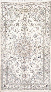 Floral Ivory Nain Persian Hand-Knotted 5x8 Wool/Silk Area Rug
