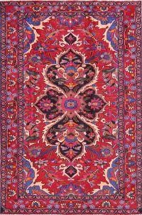 Geometric Red Lilian Persian Hand-Knotted 5x7 Wool Area Rug
