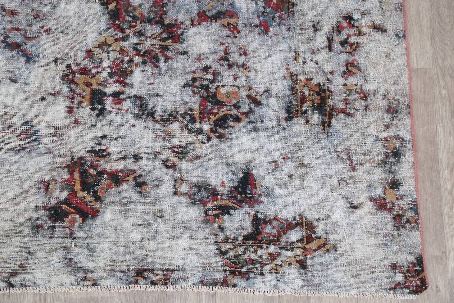 Muted Bakhtiari Persian Hand-Knotted 8x10 Wool Distressed Area Rug image 6