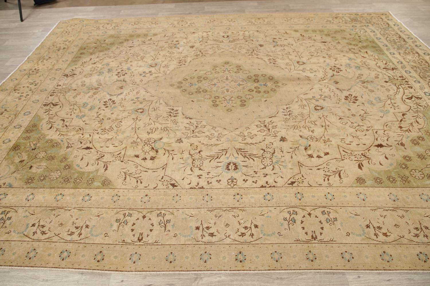 Muted Tabriz Persian Hand-Knotted 10x12 Wool Distressed Area Rug image 14