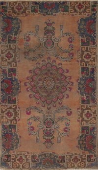Muted Hamedan Persian Hand-Knotted 4x7 Wool Area Rug