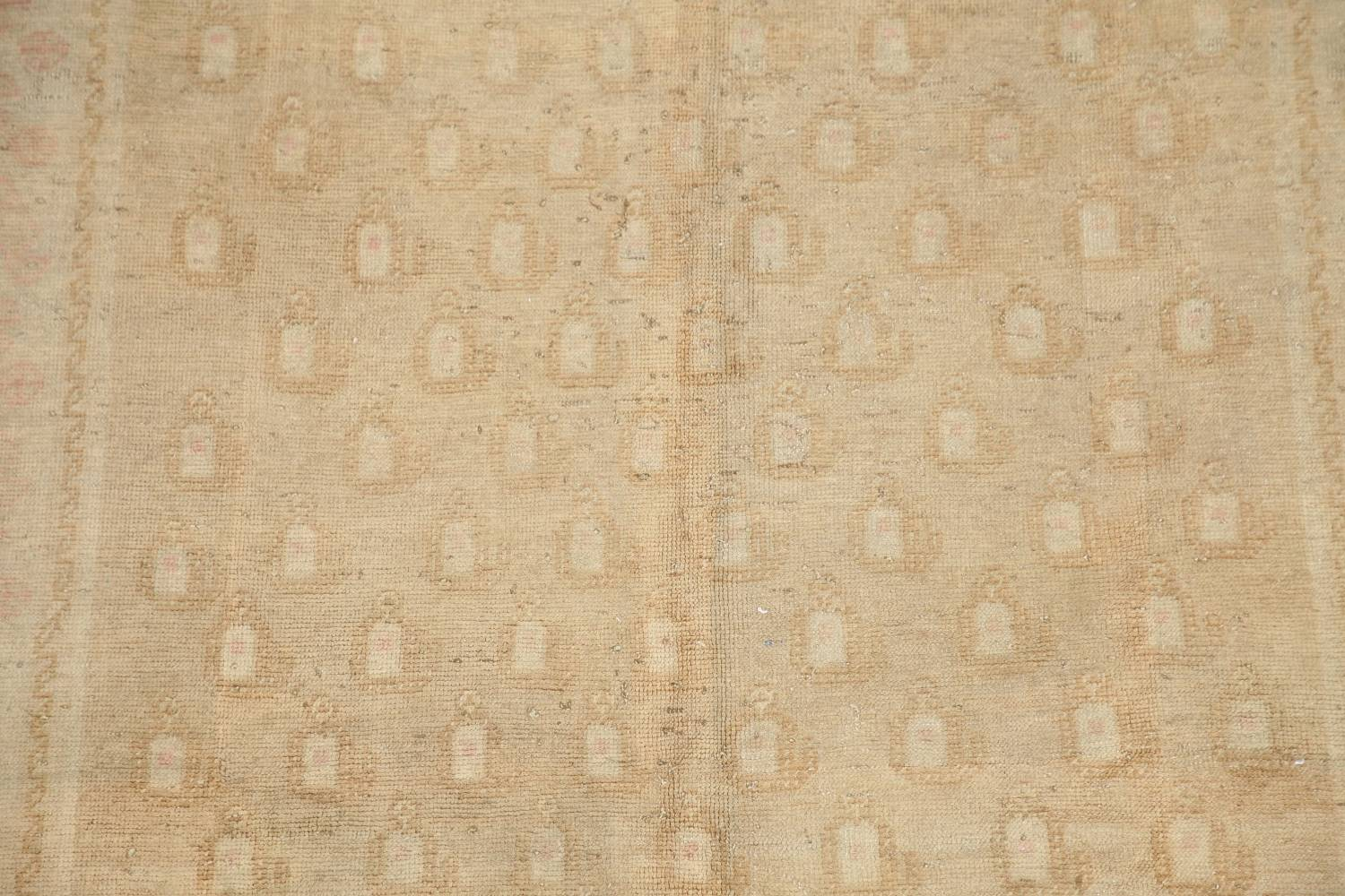 Antique Muted Gold Distressed Sarouk Persian Wool Rug 5x8 image 4