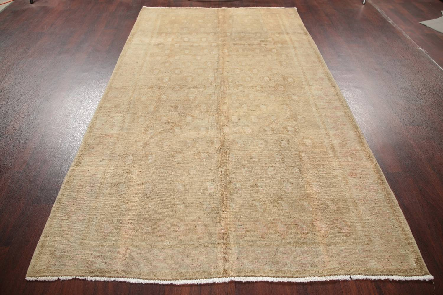 Antique Muted Gold Distressed Sarouk Persian Wool Rug 5x8 image 15