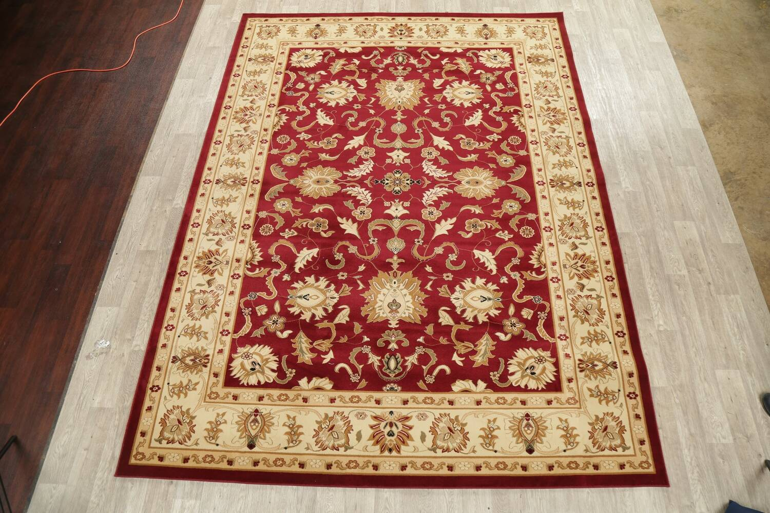 Floral Agra Oriental Area Rugs image 2