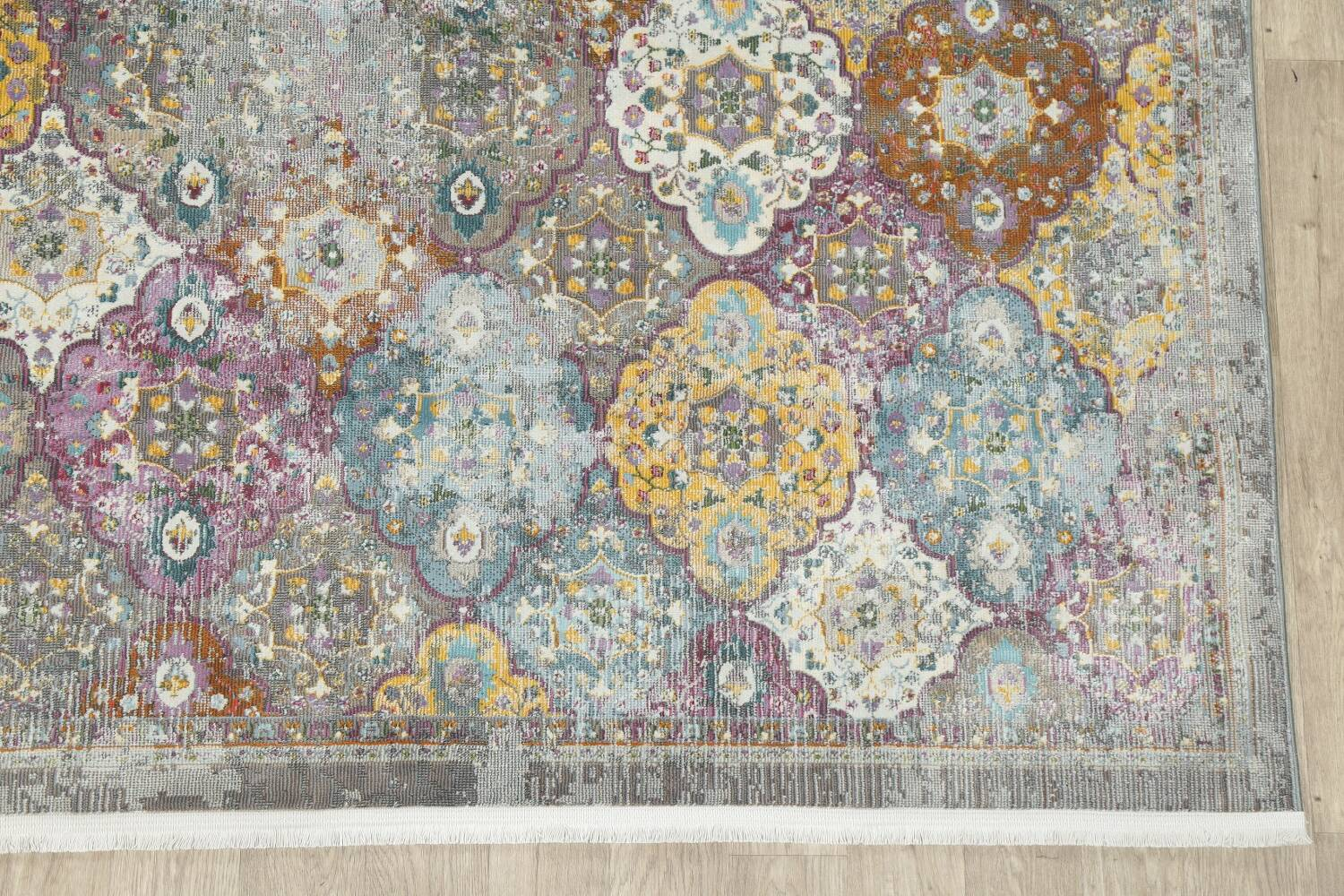 Vintage Style Distressed Heat-Set Area Rugs image 3