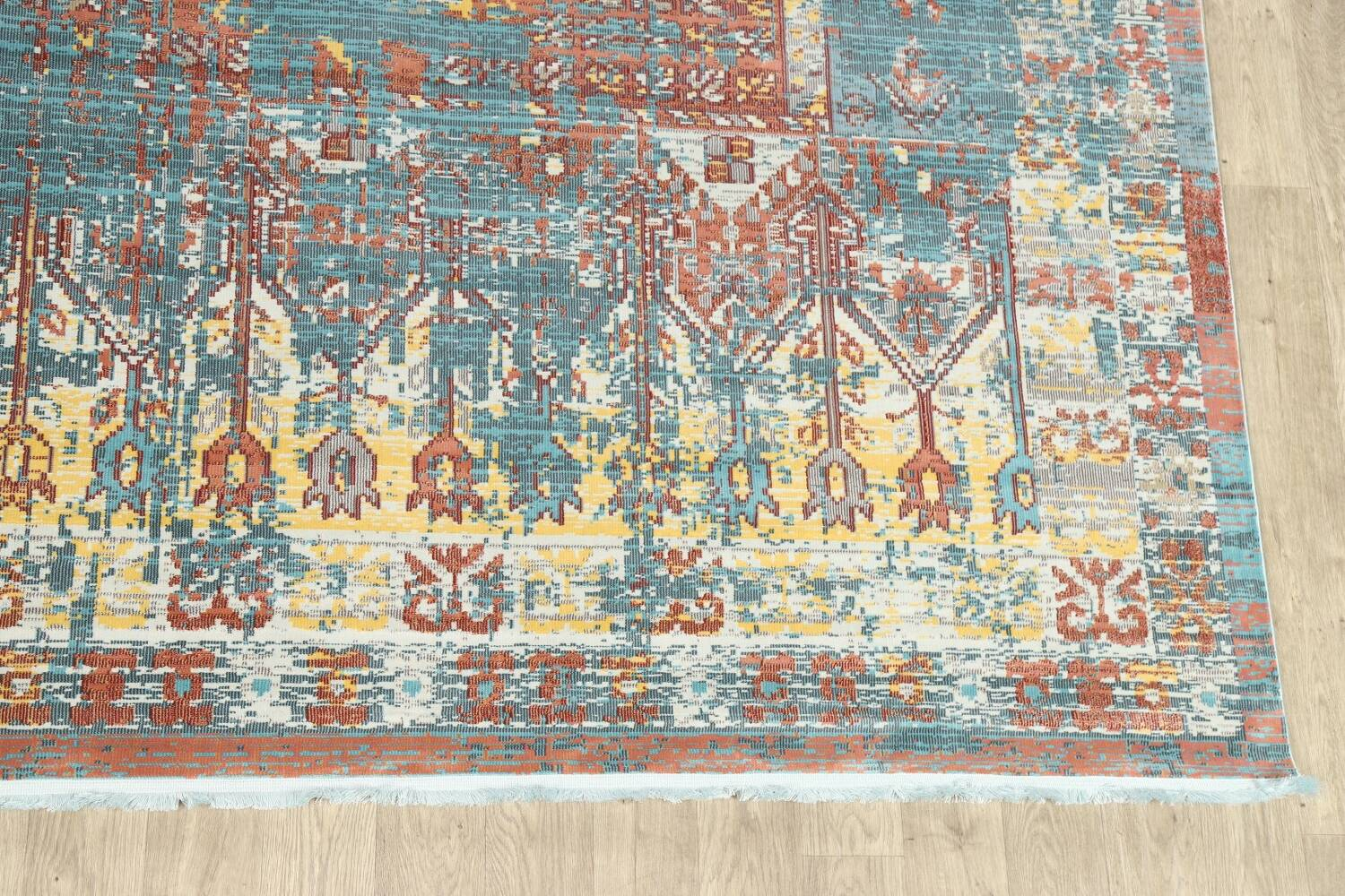 Vintage Style Distressed Heat-Set Area Rugs image 4