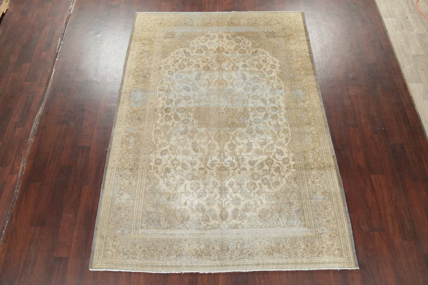 Muted Distressed Antique Kashan Persian Area Rug 7x10 image 2