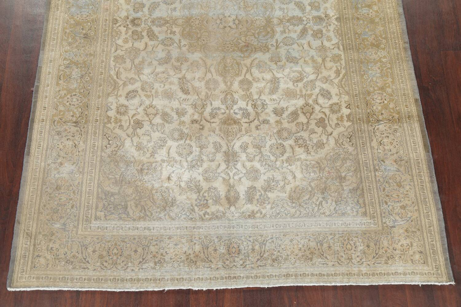 Muted Distressed Antique Kashan Persian Area Rug 7x10 image 8