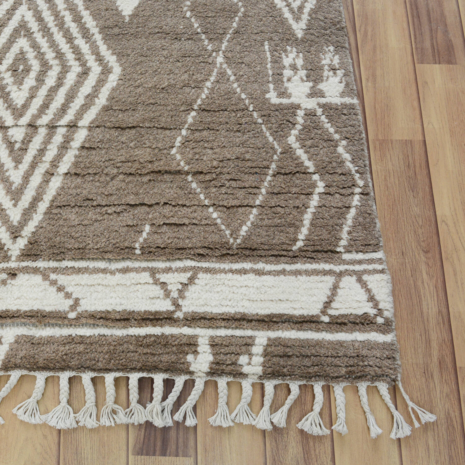 South-Western Moroccan Tribal Area Rug 8x10 image 5