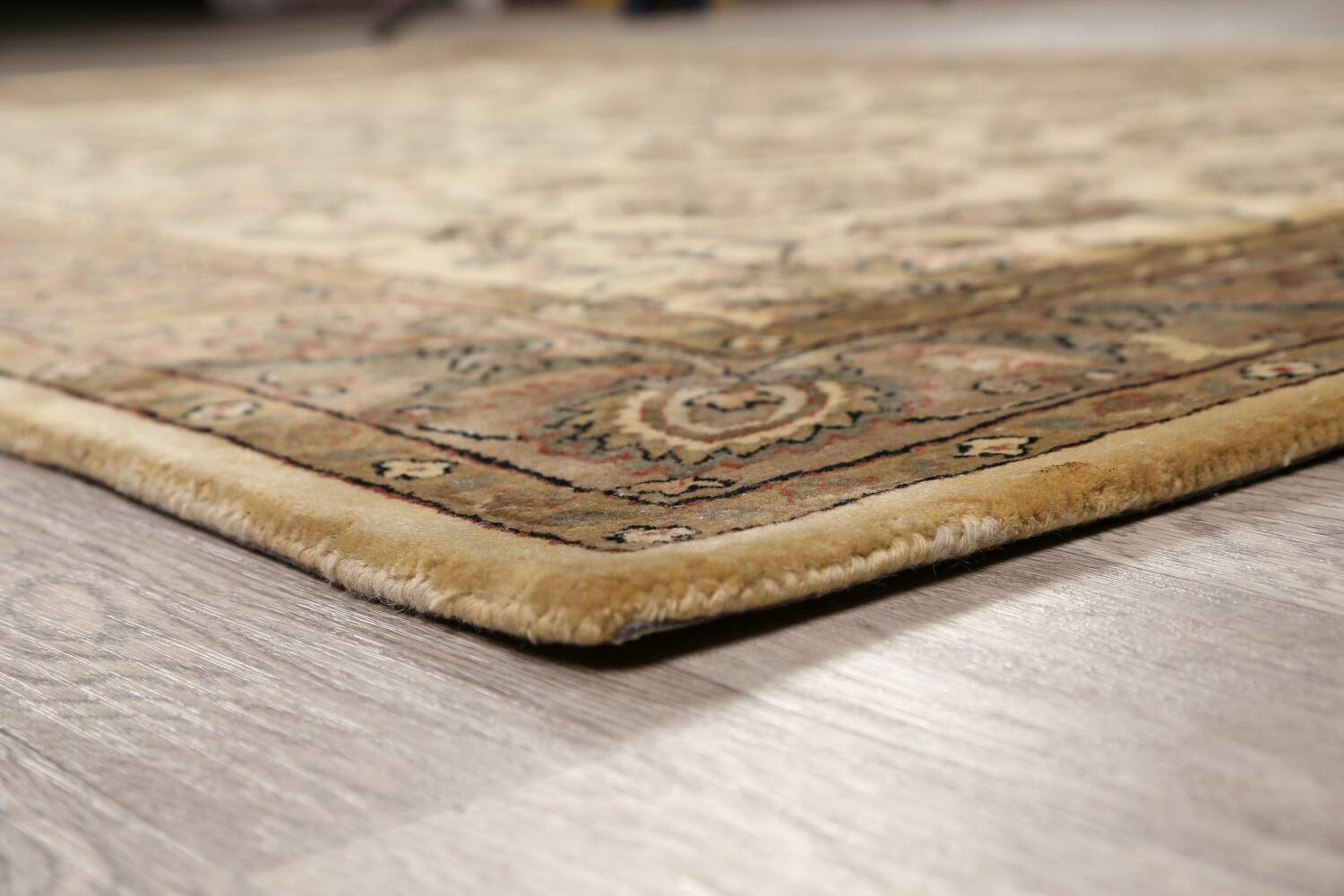 All-Over Floral Agra Oriental Area Rug 6x9 image 6