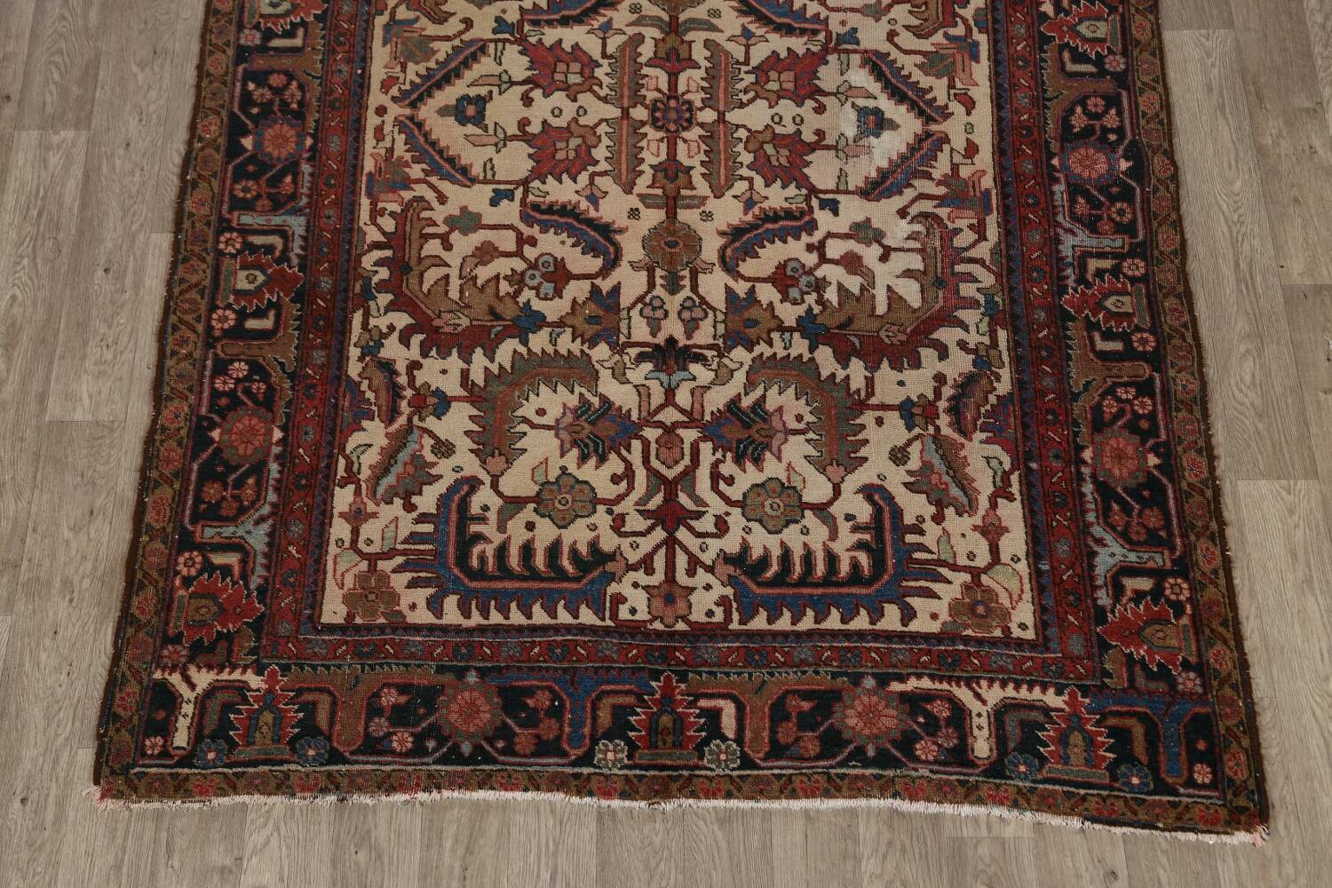 Antique All-Over Heriz Persian Area Rug 6x9 image 8
