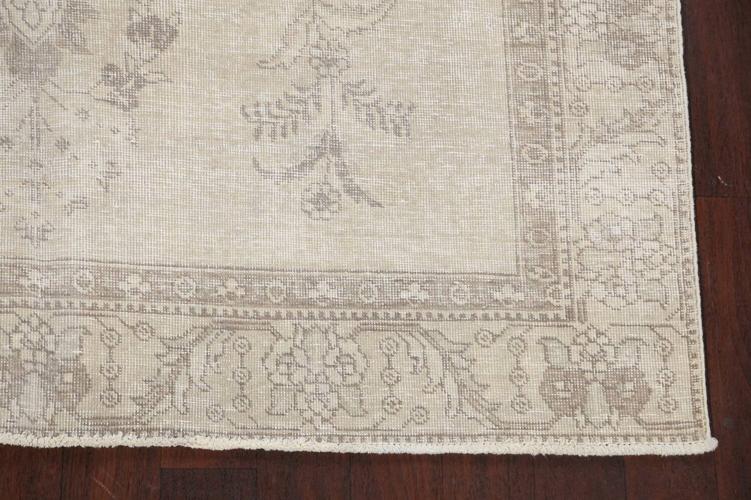 Muted Distressed Floral Tabriz Persian Area Rug 6x9 image 5