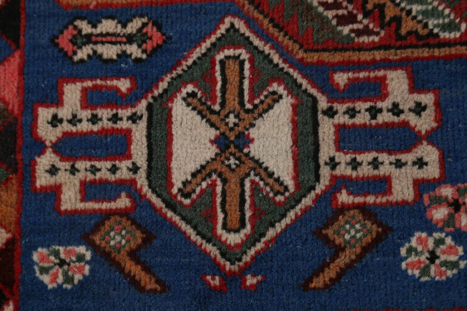 Antique Tribal Bakhtiari Persian Area Rug 5x6 image 9