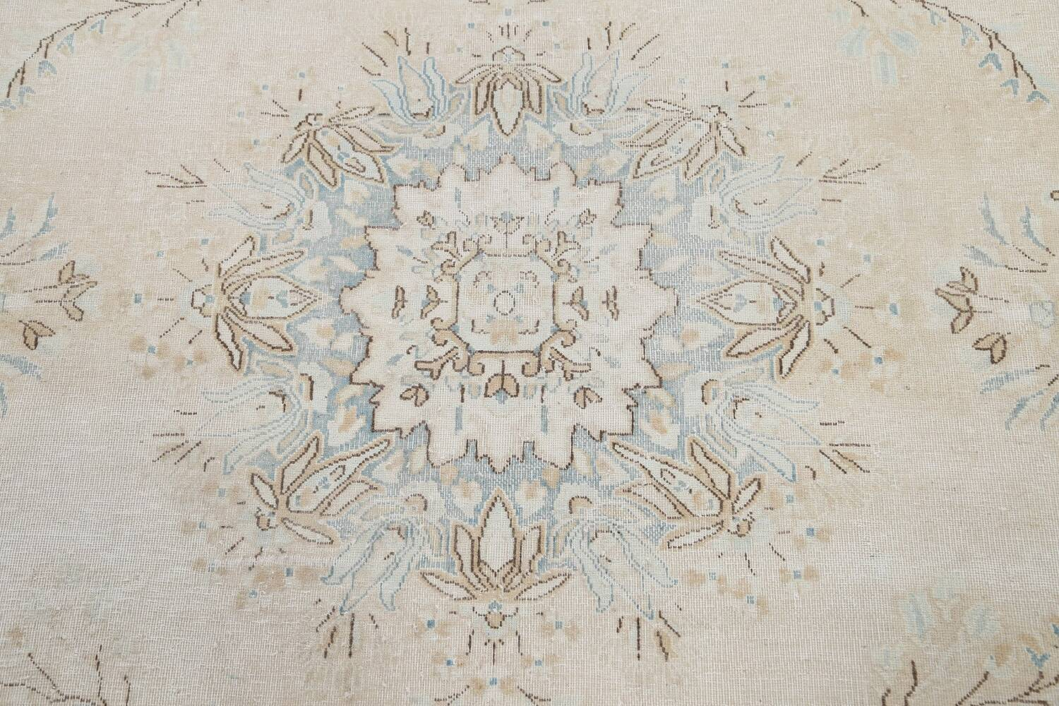 Muted Floral Kerman Persian Area Rug 7x10 image 11