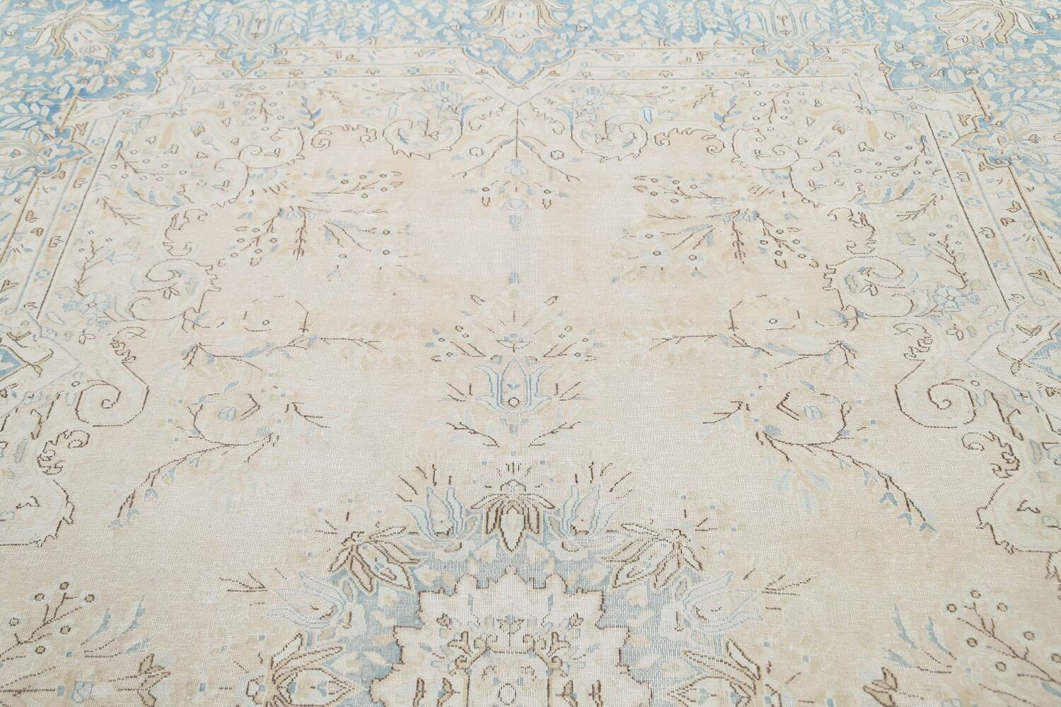 Muted Floral Kerman Persian Area Rug 7x10 image 12
