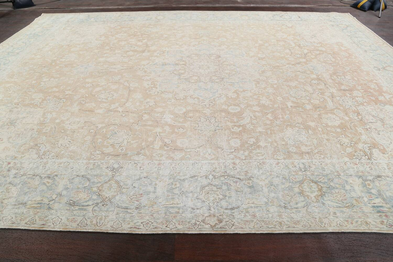 Muted Floral Kerman Persian Area Rug 10x13 image 14
