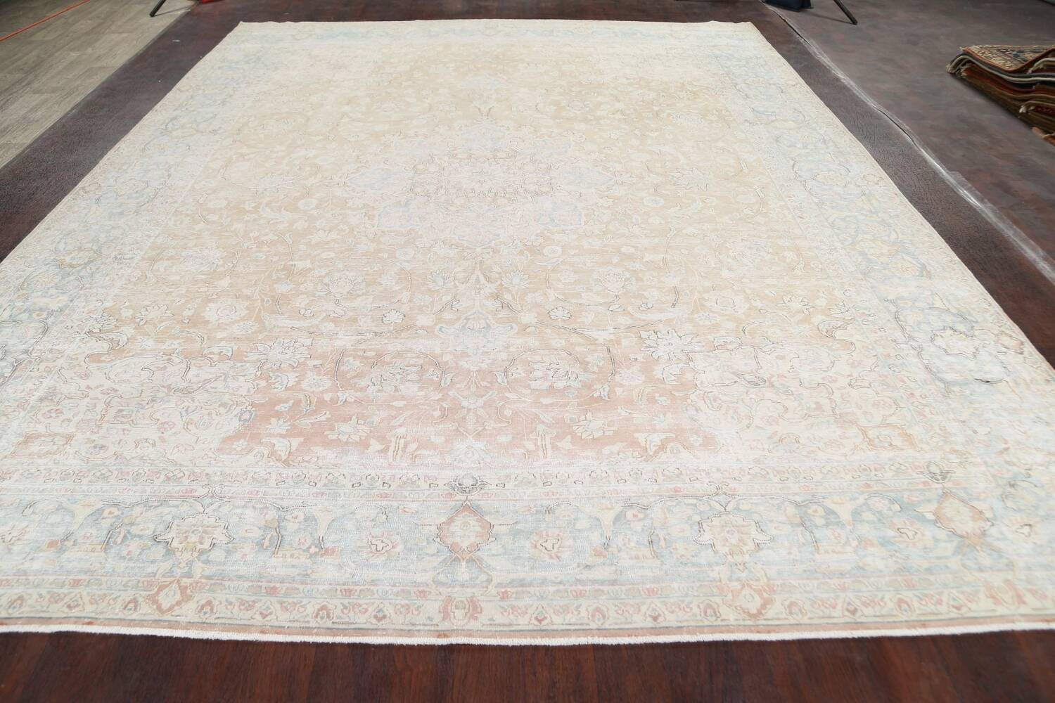 Muted Floral Kerman Persian Area Rug 10x13 image 15